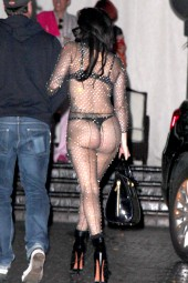 lady gaga, lady gaga nude look, lady gaga hot, lady gaga sexy, lady gaga upskirt, lady gaga see-through, lady gaga bodysuit,  vip, celebrità, cantanti, celebrity, celebs, look, sexy, hot, paparazzi, upskirt, wearing, cameltoe